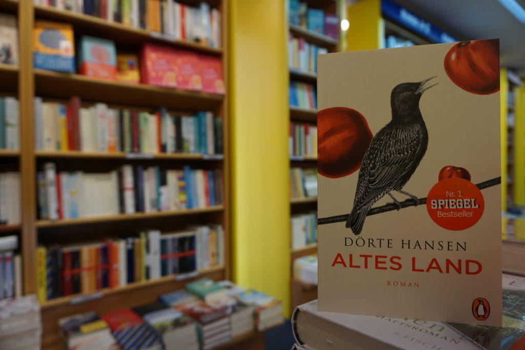 """Dörte Hansen: """"Altes Land"""""""