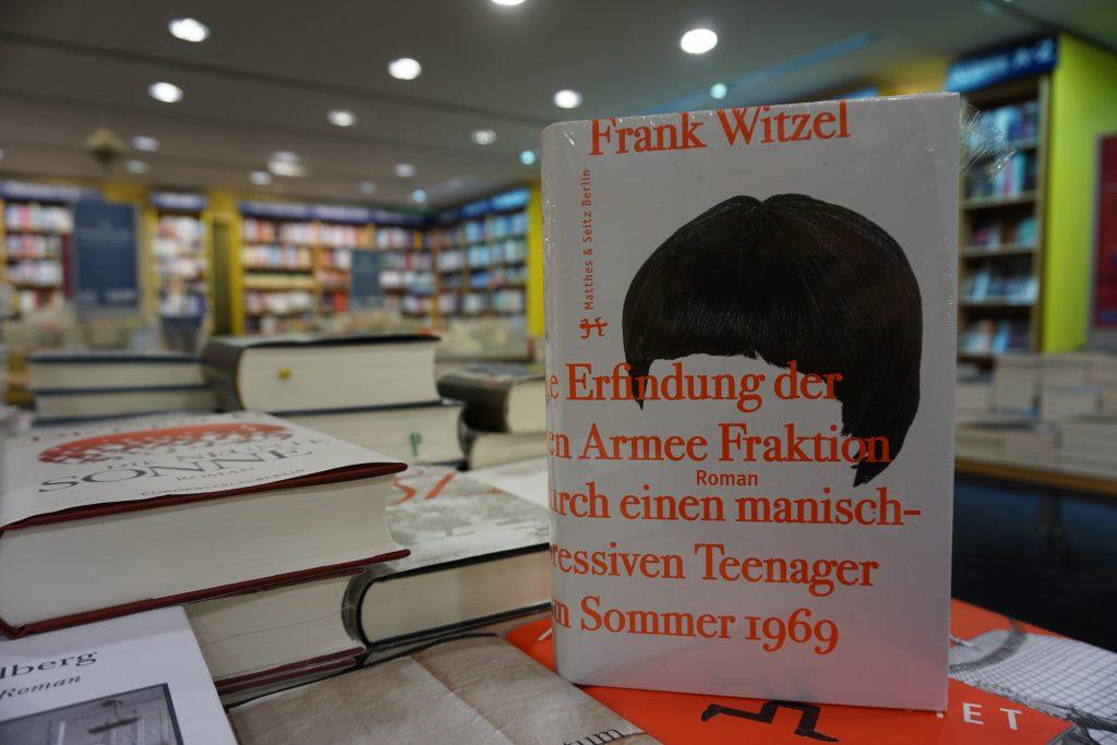 """Der Deutsche Buchpreis 2015 für Frank Witzel: """"Die Erfindung der Roten Armee Fraktion durch einen manisch-depressiven Teenager im Sommer 1969"""""""