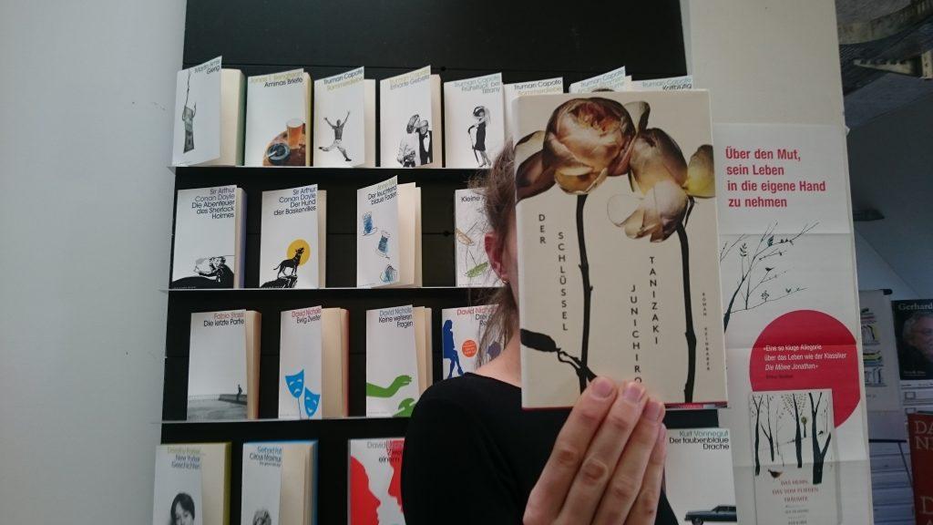 #einkopfeinbuch bei Kein & Aber in Zürich