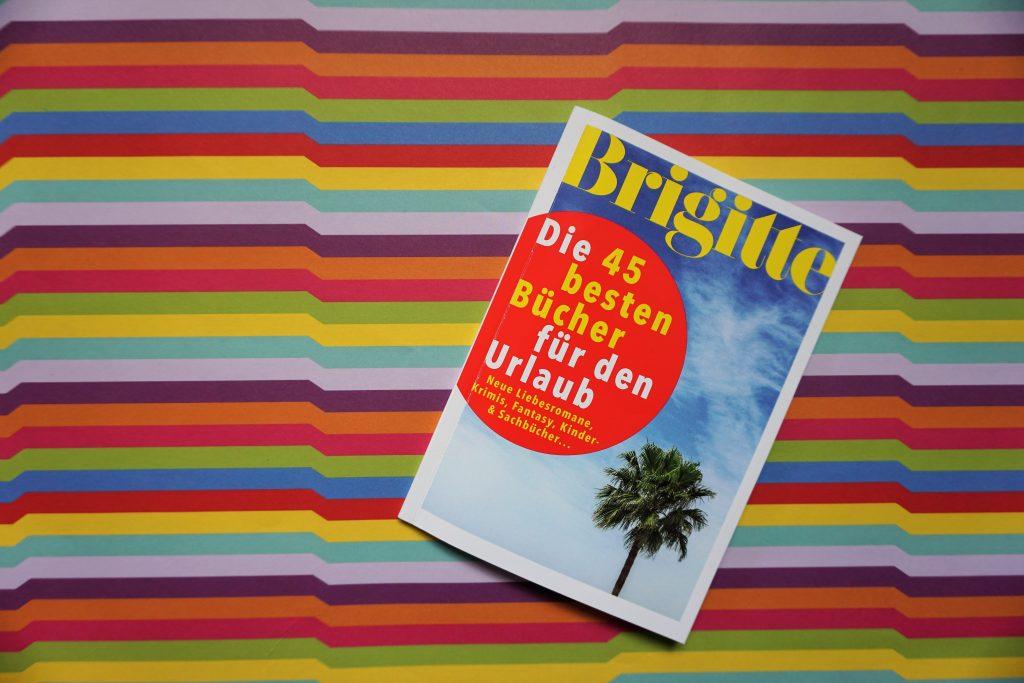"""Das Brigitte """"Bücher Spezial"""" im Sommer 2017: Die 45 besten Bücher für den Urlaub"""