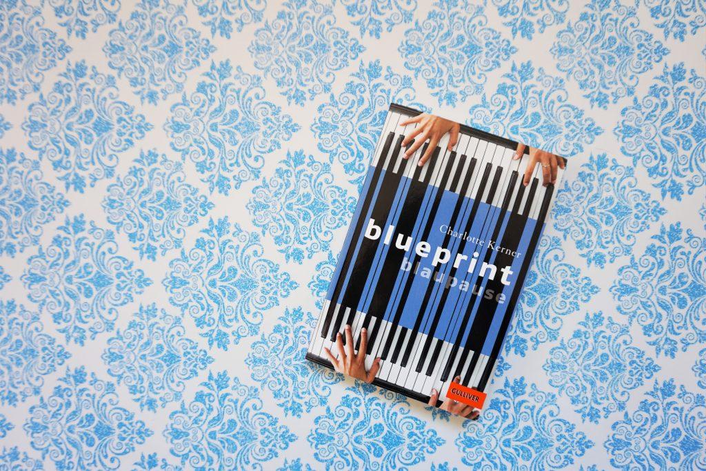 """Charlotte Kerner: """"Blueprint Blaupause"""""""
