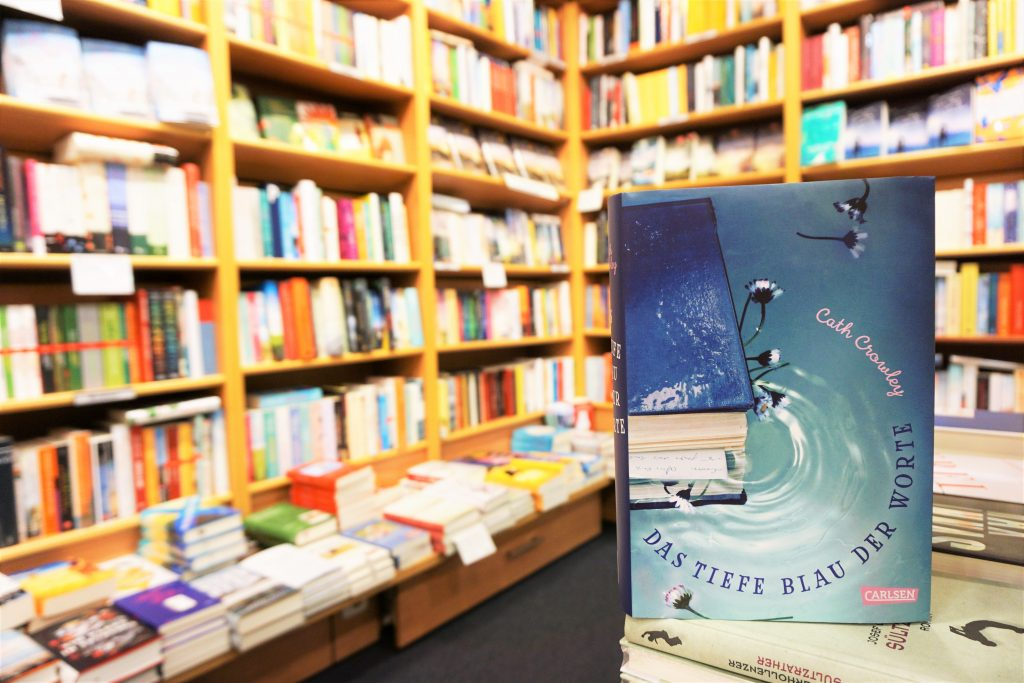 "Cath Crowley: ""Das tiefe Blau der Worte"""